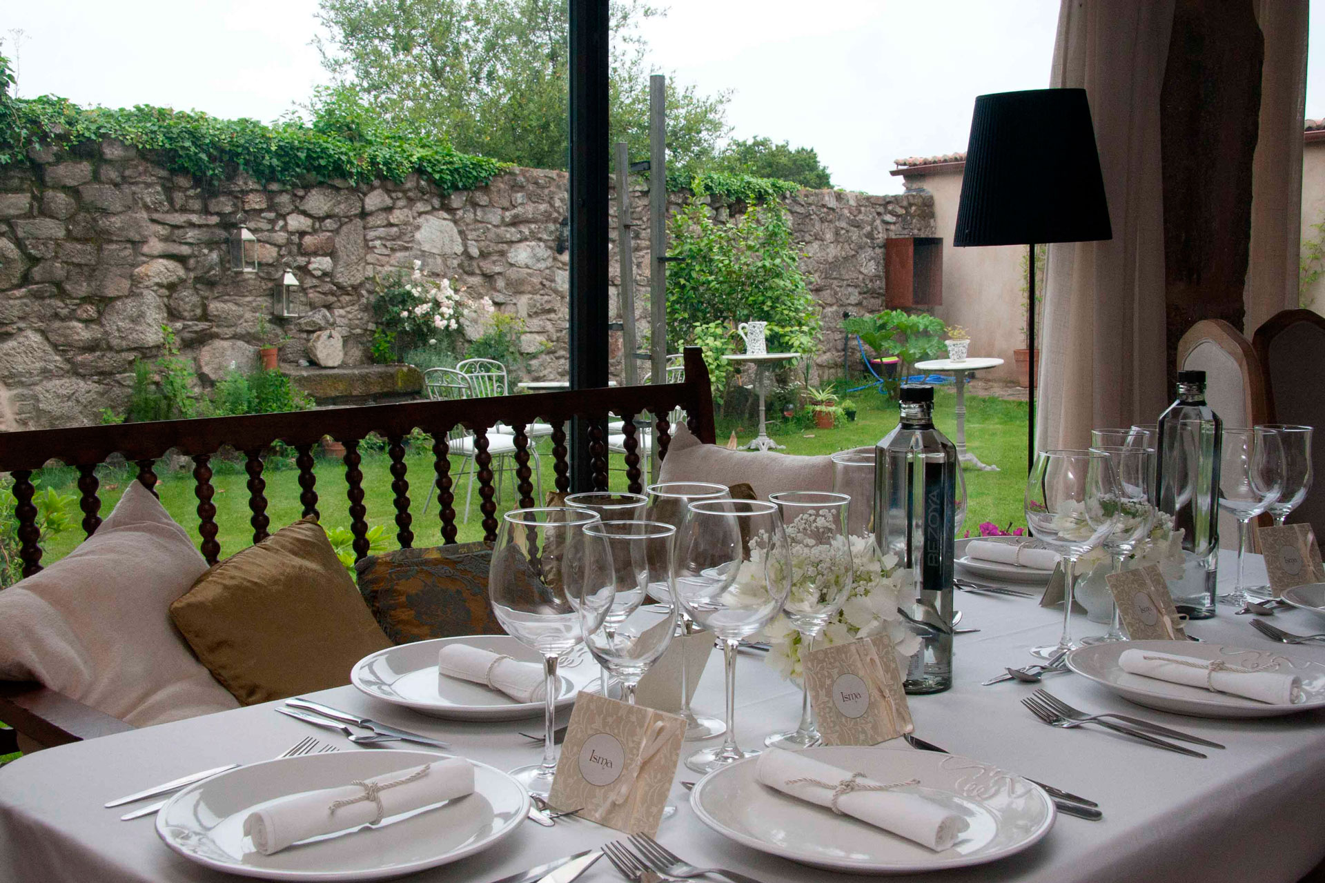 Patio - Casa Rural Priorato San Martín